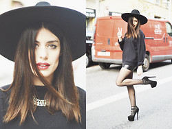 Aida Domenech Aida D - Zara Hat, Vintage Jump, Vintage Skirt, River Island Shoes, Forever 21 Necklace - Black, black, black!