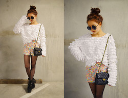 Q2 HAN - Q2han Ruffle Sweater, Baghaus Mini Handbag, Jeffrey Campbell Black Boots - Fluffy Duffy