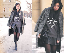 Allyssa K - Diy Graphic Sweatshirt - SHINE BRIGHT LIKE A DIAMOND