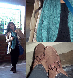 Paulina V - John Paul Richard Large Natural Colored Knitted Sweater, Forever 21 Teal Knitted Scarf, Lush Black Ruffled Tank Top, Yoki Fringe Lace Up Moccasin Boots - Natural Neutral