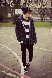 Tobi B - Urban Outfitters Plaid Jacket, American Apparel Grey Hoodie, Urban Outfitters Burgundy Dye Stripe T Shirt, Main Denim Black Jeans, Vans Black Original - Away from Reality