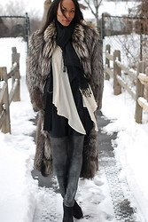 Gail C - Vintage Fox Fur Coat, Topshop Leggings, Zara Dress, Kg Boots - Cold Day... Cosy Fox Fur!