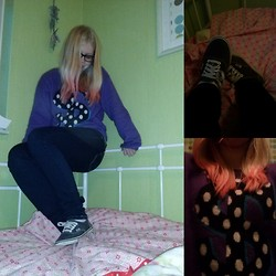 Joanne Fairytale - Vans Shoes, H&M Sweater - I wanna be a Billionaire, with my dip-dye hair!