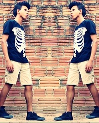 Israel Lyma - Skeleton Shirt, All Star Black, Basic Shorts - Tinking of you