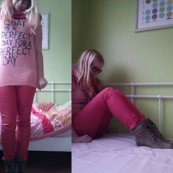 Joanne Fairytale - Pieces Scarf, The Sting T Shirt, Pieces Pants - Today is a perfect day for a perfect day