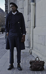 Roger Mbee - Vintage French Beret, Vintage Trench, Pierre Cardin Chemise, Vintage Pull, Asos Pantalon, Doc Martin's Shoes - Blue Panther