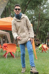 MéDi Mahfoudi - Zara, Joma Shoes, Zara Coat, Ray Ban Glasses - Waiting for you
