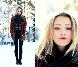 Petra Karlsson - Cardigan, Mom's Jacket - Cold blonde