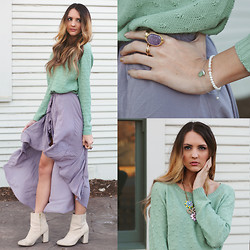Madeline Becker - Brandy Melville Usa Lilac Skirt, H&M Booties, Windsor Mint Polka Dot Sweater, Ziba Collection Purple Ring, Windsor Flower Necklace, Ziba Collection Bracelet - Lilac