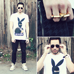 Reinaldo Irizarry - Les Benjamins Shirt, Hot Topic Pants, Creative Recreation Sneakers, Thrifted Vintage Bracelets, Third Crown Rings, Ray Ban Sunglasses - LES IS MORE