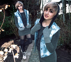 Kaydia Belle - Crash N Rise Vintage Studded Vest, Redopin Hooded Knit Dress, Dr. Martens Floral Doc - Floating in the Forth