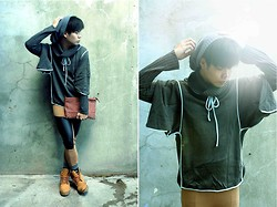Jhan Jae Buted - Sm Accessories, Topshop Batwing Cardigan, H&M Leather Leggings, Timberland Booties - Brighter than the Sun :)