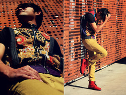 Alejandro Maza - 12 Na Vest, Zara Mustard Trousers, Palo Alto Red Pistols Boots, Hall Central Buttons - This boy is on fire