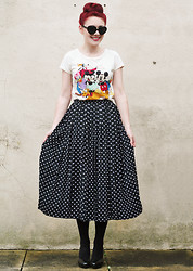 Megan McMinn - Siren London Heart Sunglasses, H&M Disney Shirt, Vintage Polka Dot Skirt, H&M Heels - POP.