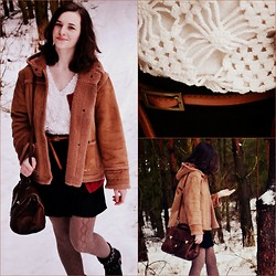 Joanna K. - Vintage Everything - Sheepskin