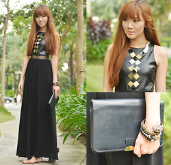 Camille Co - Stylista.Ph Dress, Sm Accessories Necklace - Gold On My Leather