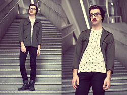 Nicolas Bg - Vintage Jacket, Topman T Shirt, Levi's® Skinny Jean, Aldo Boots - Enlist in the army ?