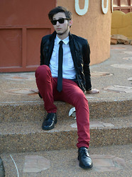 Nader Z. - Ray Ban Wayfarer, Random Shirt, Black Tie, Zara Jacket, Red Trousers, Rockport's Black Shoes - The Capitalist.