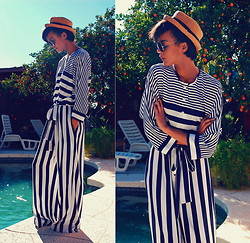 Luna Nova - Vintage Straw Hat, Vintage Nautical Jumpsuit - Up and down and not across