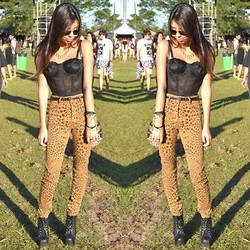 Yasmine Copperfield - Ray Ban Aviator Sunglasses, Nasty Gal Cropped Top, Cheap Monday Cheetah Pants, Jeffrey Campbell Lita Boots - Cough syrup!