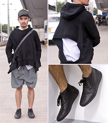 Yves Camingue - Sm Milanos Leather Hogan, Yves Saint Laurent Striped Trainers, Udl Backless Hoodie - Oddball