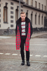 Gustav Broström - Kenzo Sweater, Prada Shoes, Vintage Fur, Urban Outfitters Scarves - SQUARES