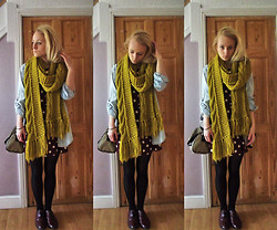 Holly Tomkins - Red Spot Dress, Calvin Klein Bag, Primark Chunky Scarf - ^_^
