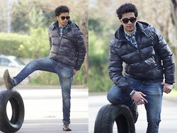 Rayan Benhammadi - Jack And Jones Jacket, Lefties Shirt, Zara Pant, Louis Vuitton Shoes, H&M Accessory, Ray Ban Glasses - One more time.