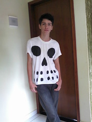 Macsuel Santos - Fore Skull Shirt, C.Pu Basic Pants - I know I'll stay right there with you