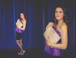 Sara Asia'h Nilsen - H.M.   Styles Purple And Black Dress, River Island Beige Purse - Come live in my heart, and pay no rent.