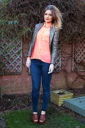 Laura Potter - Mee Blazer, Topshop Jeans - Orange.