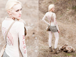 Saba D - Vintage Top, Vintage Collar, H&M Bag, United Colors Of Benetton Shorts, House Boots, Tally Weijl Fur - Eagle