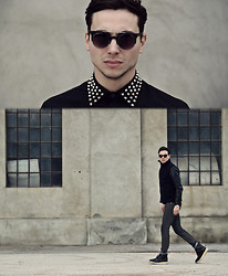 Vladan Gavric - Giant Vintage Sunglasses, Virgin Blak Shirt, Efoccity Jacket, Instylex Pants And Boots - ACHROMATIC