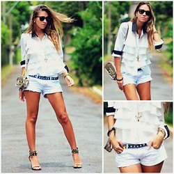Vanessa Vasconcelos - Queens Wardrobe Ruffled White Shirt, Canal Denim Shorts, Schutz Studded Sandals, Ray Ban Wayfarer Sunglasses - Ruffled shirt