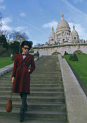 Santiago Artemis - H&M Shirt, Artemis Coat, Artemis Pants, Demonia Shoes, Vintage Fur Bag - Basilique du Sacré-Cœur