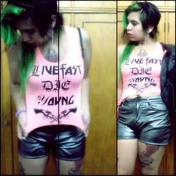 Cynthia † - Amen Diamonds Spiked Crown, The Vox Live Fast Die Young Shirt, Complot Shorts - Live fast - Die young