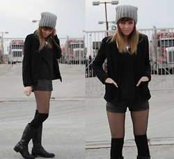 Claudia K. - H&M Necklace, Ecco Boots, Pull & Bear Leather Shorts - Chic Biker Boots