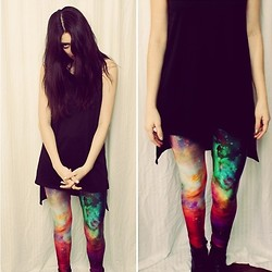 Elaine Loarca - Black Milk Clothing Galaxy Leggings, Topshop High Low Thank - Think before you leap into the galaxy