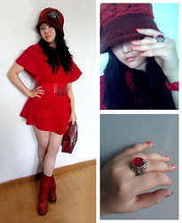 Jessie Yin - Red Hat, Vintage Bag, Watch - Happy Spring Festival !!!