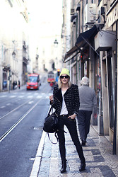 Sofie V. - Zara, Elin Kling For Marciano - In the streets of Lisbon
