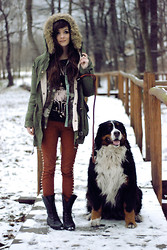 Sonja Gje - Blouse, Necessary Clothing Pants, Coat, Boots, Sheinside Shirt - Worker dog