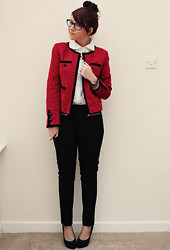 Charlotte Crowley - Next Boucle Jacket, Oasap White Shirt, New Look Skinny Trousers - Workwear