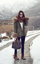 STYLISSIM . - Sheinside Sweater, Louis Vuitton Bag, Panama Jack Boots - PYRENEES STYLE