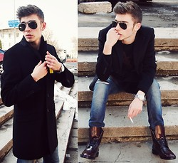 Mike Motsok - Yves Saint Laurent Black Coat, Yves Saint Laurent Black, Diesel Ripped, Mango Leather, Michael Kors Silver, Polaroid Aviator - New Post On The Blog