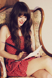 Martine Haanschoten - H&M Red Polka Dot Dress, Italy Black Feather Pen - To die by your side is such a heavenly way to die.