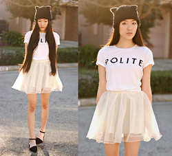 Jennifer Wang - Brashy Couture Polite Tee, Chic Wish Tulle Skirt, Goodnight Macaroon Pointed Ankle Strap Flats - NICE KITTY