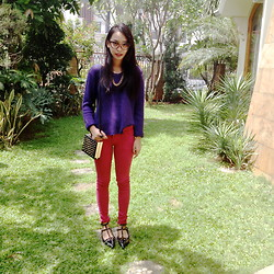 Adelle Veronica - H&M Gold Chain Necklace, H&M Purple Sweater, Zara Pink Jegging, Valentino Rockstud Shoes - Fry-day..
