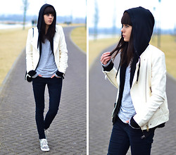 Lucy De B. - Black Hoodie, White Leather Jacket, Leopard Sneakers - Let's not pretend