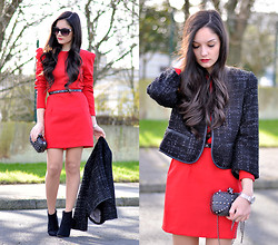 Alba . - Queens Wardrobe Vestido, Sugarlips Jacket, Cozbest Clutch - Fire Red...