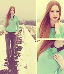 Yasmin Natascha - Forever 21 Necklace, Ony Jeans, H&M Woll Pullover - ▲ Green and Grey ▲